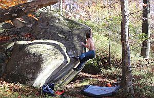 Боулдеринг на скалах Довбуша. Проблемы