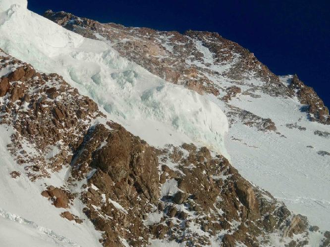 Вид на вершину Нангапарбат с третьего высотного лагеря