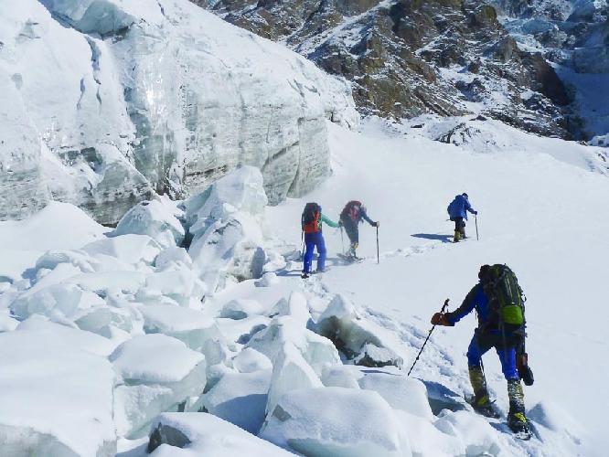 На пути к первому высотному лагерю