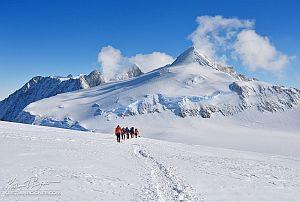 Канадцы провели беспрецедентное мероприятие в Антарктиде