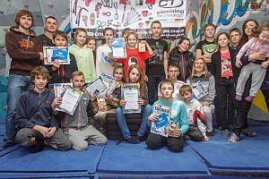 В Днепропетровске прошел детский фестиваль скалолазания