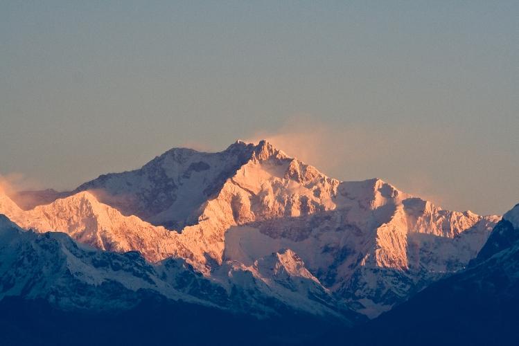 Канченджанга  (Kangchenjunga, 8586 м) - третья по высоте вершина мира