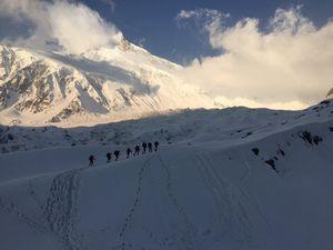 Весна 2016 на восьмитысячниках Гималаев: альпинисты пришли в базовые лагеря и начинают акклиматизацию