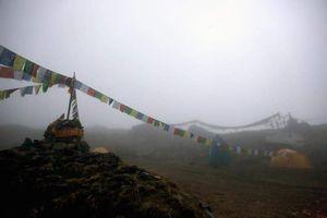 Весна 2016 на восьмитысячниках Гималаев: На Манаслу и Аннапурне альпинисты вернулись в базовые лагеря. На Чо-Ойю поднялись во второй лагерь