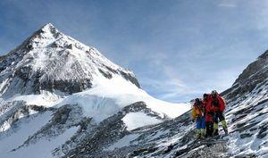 Весна 2016 на восьмитысячниках Гималаев: осада Эвереста продолжается