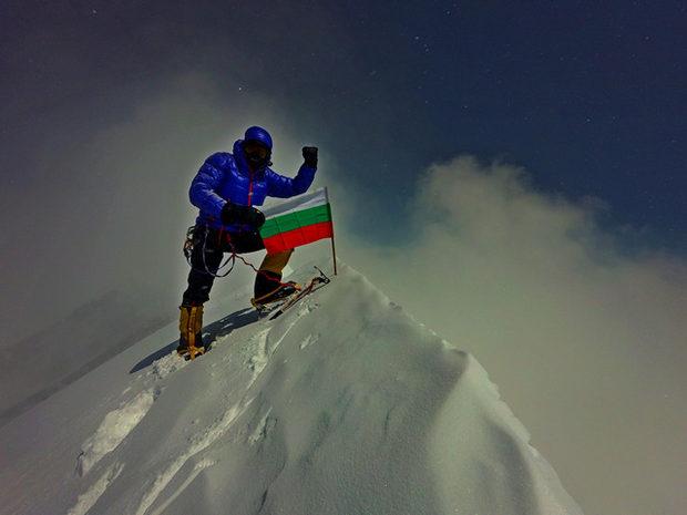 Боян Петров (Boyan Petrov) на вершине Аннапруны  30 апреля 2016 года