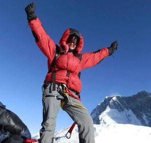 Еще одна смерть на Эвересте: в четвертом высотном лагере погибла австралийка