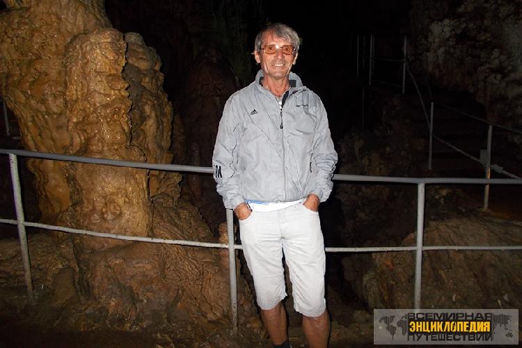 Владимир Михайлюк. В пещере эмине-Баир-Хосар