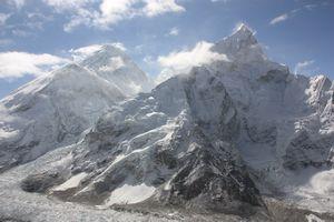 Эверест на ладони, ты счастлив и нем…