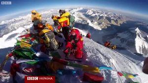 Появилось видео покорения Эвереста первой украинкой