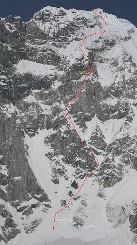 маршрут West Face Direct по центу Западной стены пика Целено (Celeno Peak)