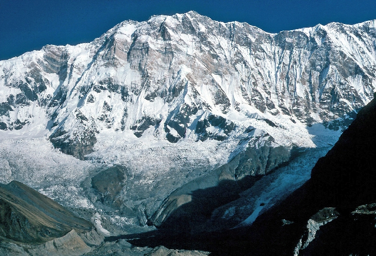 Аннапурна (8091 м) - «Богиня Плодородия».