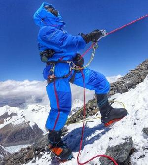 На Эверест без кислорода:восхождение Эдриана Баллинджера и Кори Ричардса