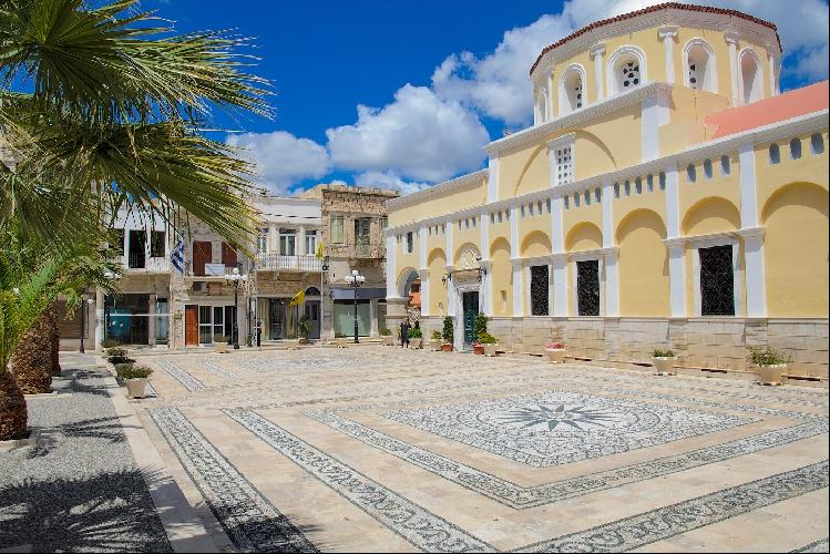 Центральная площадь старого города.
