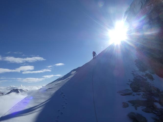 Третий день восхождения на Северо-Западный гребень горы Гангштанг (Gangstang) высотой 6162 м