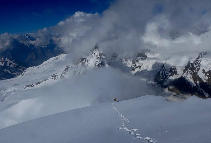 Пятый день восхождения на Северо-Западный гребень горы Гангштанг (Gangstang) высотой 6162 м. Спуск вниз