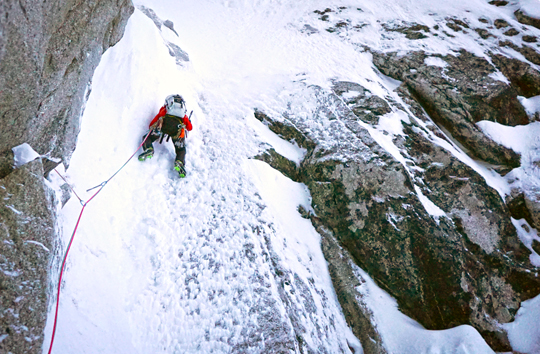 Крейг Мадерлак (Craig Muderlak) в восхождении на пик Цитадель (The Citadel (2535 метров).