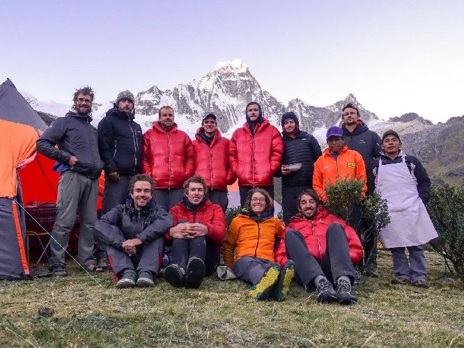 Новозеландская команда в Перу