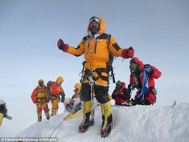 Satyarup Siddhanta на Эвересте, май 2016