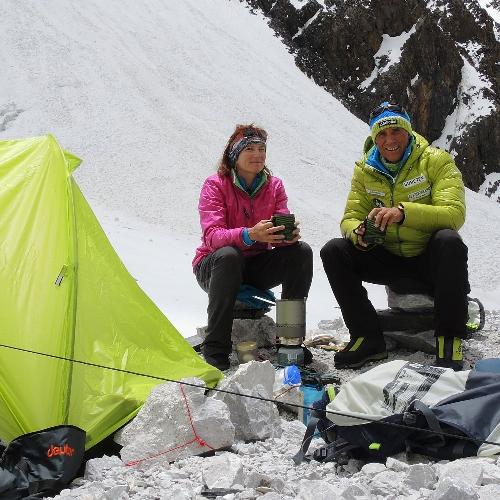 Ральф Дуймовиц (Ralf Dujmovits) и Ненси Хансен (Nancy Hansen)
