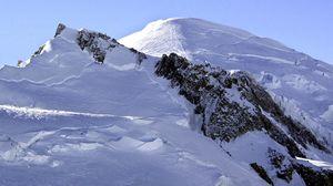На Монблане погибли два альпиниста