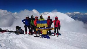 Харьковские альпинисты взошли на высшую точку Перу - гору Уаскаран