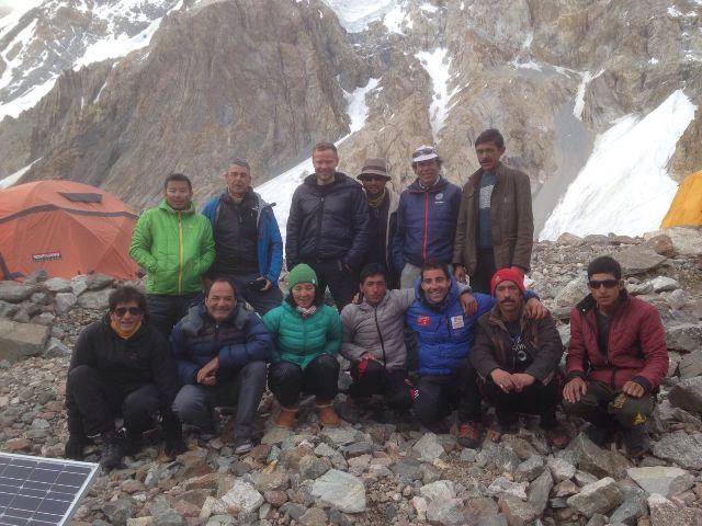 Альпинисты у Броуд Пик
