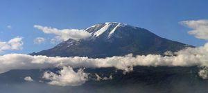 Возможно лучший фильм о восхождении на Килиманджаро