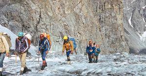 Молния в горах: как стихия унесла жизни сильнейших альпинистов