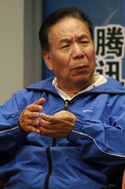 Скончался Цюй Инь-хуа - первый китайский альпинист, поднявшийся на Эверест в 1960 году