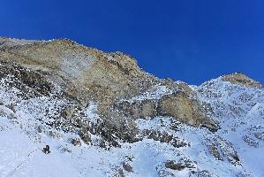 Пол Рамсден (Paul Ramsden) и Ник Баллок (Nick Bullock) на новом маршруте на гору Ньянквентангла (Nyainqentangla, 7046 метров)