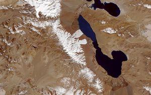 Ученые разгадали тайну лавин-близнецов в Тибете