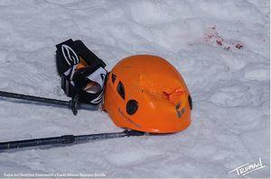 Каска спасла от смерти альпинистку на Эльбрусе