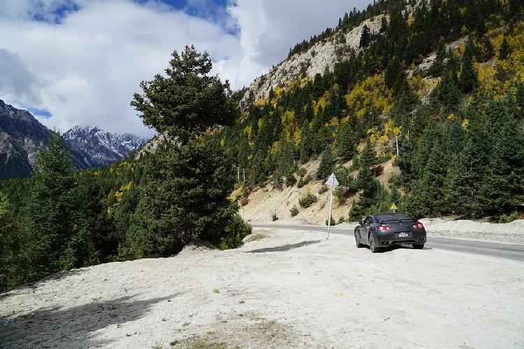 Nissan GT-R: дорога к базовому лагерю Эвереста