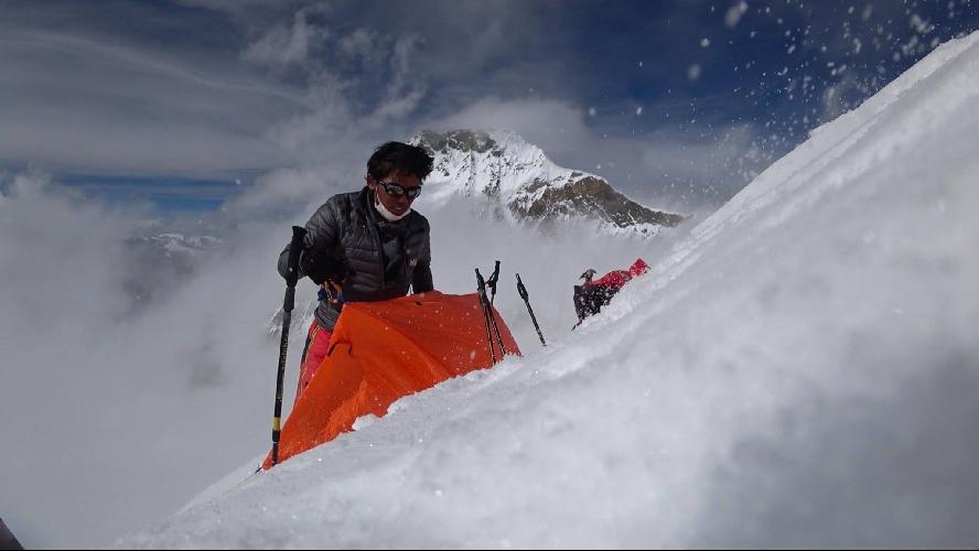 Нобуказу Курики (Nobukazu Kuriki) на Эвересте. осень 2016 года