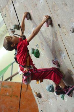 В Киеве состоятся пятые соревнования по скалолазанию среди детей Junior Climbing Jam