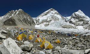 На Эвересте откроется временный ресторан