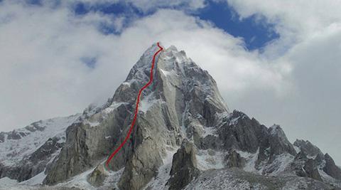 """Новый маршрут """"Holographic Jesus"""" на вершину Хутса (Hutsa) высотой 5863"""