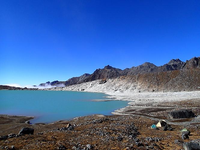 озеру Дудх Кхунда (Dudh Khunda)