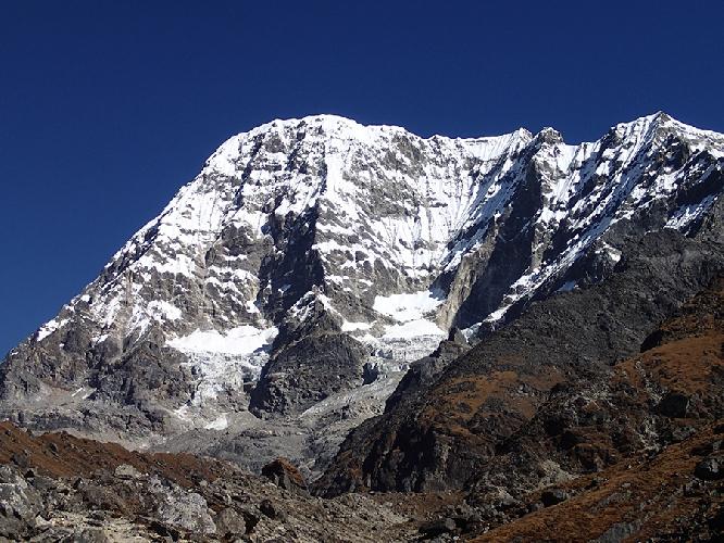 Кариолунг (Karyolung, 6511 м)