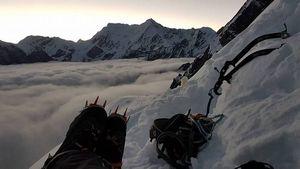 Испанские альпинисты открывают новый маршрут в Непале на вершину Чукима Сано высотой 5970 метров