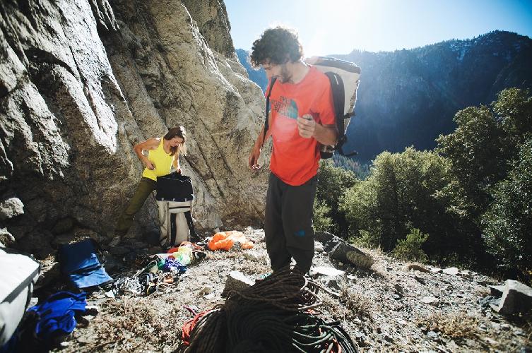 Jacopo и Barbara уже завершили свой проект на Эль-Ниньо – восемь дней на стене, в течение которых у них кончилась еда и вода.