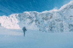 Хансьорг Ауэр и Алекс Блюмель совершили первое в истории восхождение по Северной стене горы Гиммигела Восточная в Непале