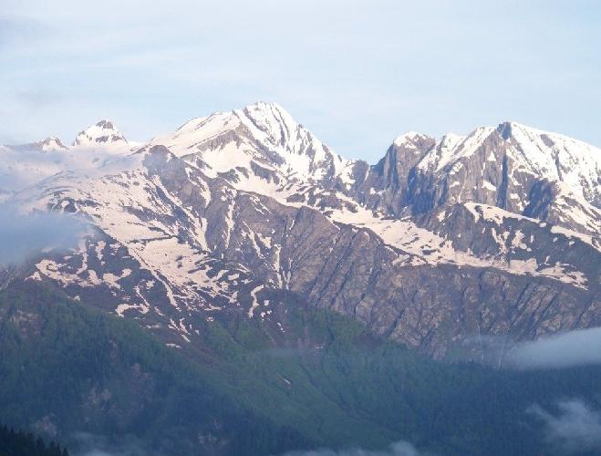 Гора Шода на южном склоне Главного Кавказского хребта