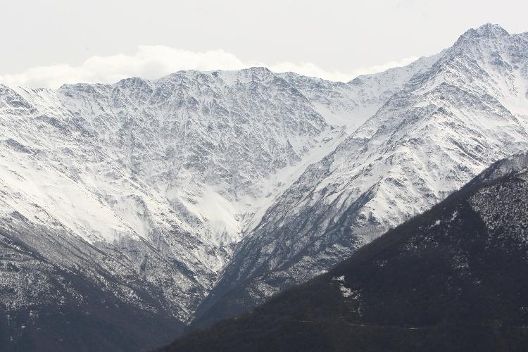 Вид на горный массив Диклосмта. Фото САИД ЦАРНАЕВ