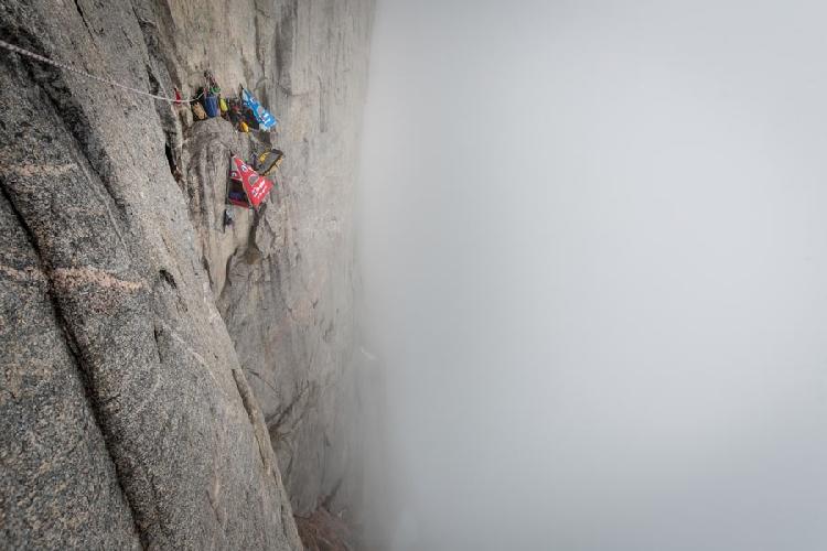 Восхождение по Северо-Западной стене горы Mirror Wall, в регионе Renland в Гренландии