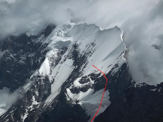 Длинный предвершинный гребень непройденной горы Мучу Чхиш (Muchu Chhish)