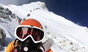 Пятерка смелых: как первая женская команда покорила Эверест
