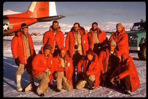 50 лет первому восхождению на  высочайшую вершину Антарктиды - массив Винсон