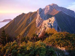 Два альпиниста погибли во Франции при попытке пройти гребень Беказ